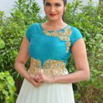 actress-anjena-kirti-latest-stills-5