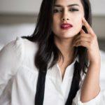 actress-shraddha-srinath-photoshoot-stills-29